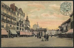 AK Troyes, Place de l`Hotel de Ville