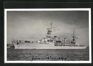 AK Französisches Kriegsschiff Jeanne d`Arc auf dem Weg in den Hafen