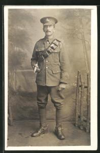AK britischer Soldat in Uniform
