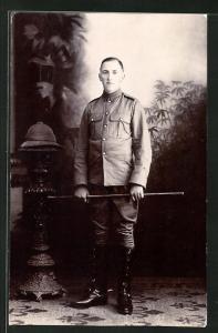 AK junger britischer Soldat in Uniform