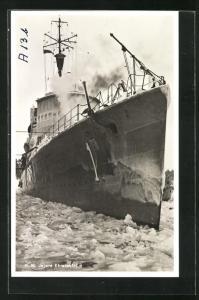 AK H.M. Jagare Ehrensköld, Kriegsschiff durchfährt das Eis