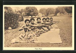 AK Fiji, Einheimische Frauen tanzen den Meke