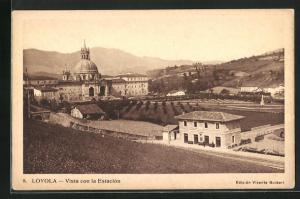 AK Loyola, Vista con la Estacion