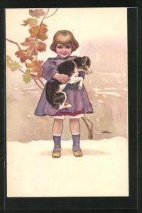 Künstler-AK Leopoldo Metlicovitz: Kleines Mädchen im lila Kleid trägt seinen Hund auf dem Arm