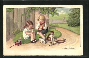 Künstler-AK Pauli Ebner: Junge und Mädchen mit kleinen Katzen