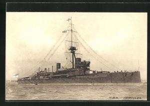 AK Kriegsschiff H.M.S. Hercules in voller Fahrt