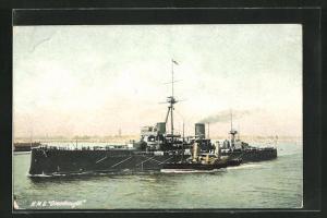 AK H.M.S. Dreadnought in Küstennähe, Kriegsschiff