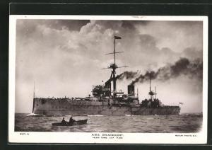 AK Kriegsschiff H.M.S. Dreadnought auf hoher See