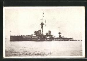 AK Kriegsschiff H.M.S. Dreadnought in voller Fahrt