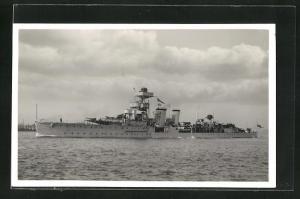 Foto-AK H.M.S. Coventry, britisches Kriegsschiff, Steuerbordseite