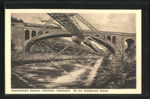 AK Barmen, Schwebebahn Elberfeld-Vohwinkel an der Sonnborner Brücke, Eisenbahn auf Brücke
