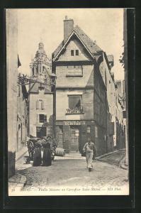 AK Blois, Vieille Maisons au Carrefour Saint-Michel