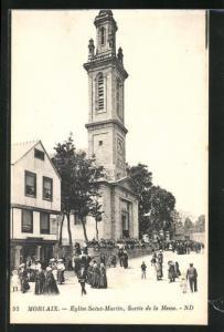 AK Morlaix, Eglise Saint-Martin, Sortie de la Messe