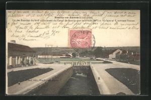 AK Pouilly-en-Auxois, Un des Bassins du bief culminant du Canal de Bourgogne et l`Ecluse no 1, versant Yonne