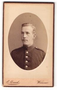 Fotografie Ernst Queck, Weimar, Junger Soldat mit hellem Haar