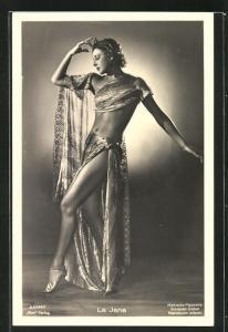 AK Schauspielerin La Jana beim selbstvergessenen Tanz