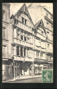 AK Caen, Les Maisons de Bois, Rue Saint-Pierre XVme siecle