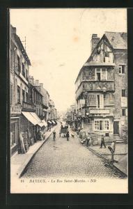 AK Bayeux, La Rue Saint-Martin, Strassenpartie