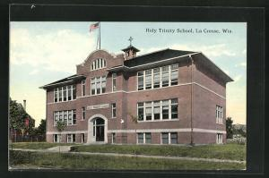 AK La Crosse, WI, Holy Trinity School