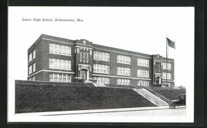 AK Oconomowoc, WI, Junior High School