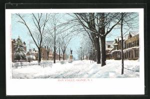 AK Orange, NJ, Main Street with Moument in Winter