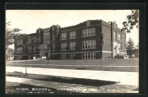 AK Watertown, WI, View of High School