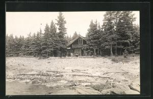 Foto-AK Port Clyde, ME, Christmas Tree House, Haus am Wasser