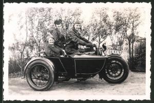 Fotografie Motorrad FN, Krad mit Seitenwagen, Kennzeichen: IA-8019