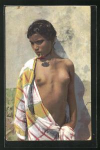 AK Arabische nackte Frau mit Tuch