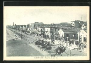 AK Salonique / Saloniki, Les Quais pavoisé, Strassenbahn