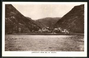 AK Jamestown, View from Sea, Blick auf Kirchturm und Berge