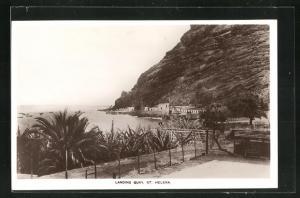 AK St. Helena, Landing Quay, Blick auf Plamen, Wasser, Gebirgswand und Häuser