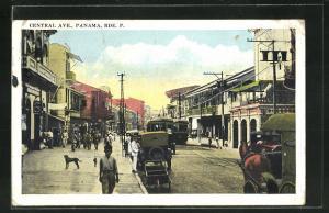 AK Panama, Central Ave., Blick auf geschäftige Strassen mit Häuserzeilen