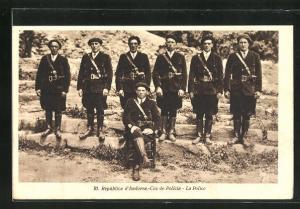 AK Andorra, Cos de Policia - La Police - Polizei-Beamte