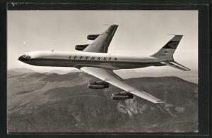 AK Verkehrsflugzeug Boeing 707 der Lufthansa