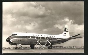 AK Verkehrsflugzeug Viscount 814 der Lufthansa auf dem Rollfeld