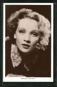 AK Schauspielerin Marlene Dietrich mit verführerischem Blick