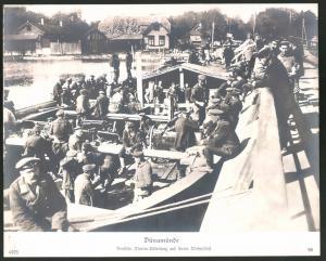Fotografie Ansicht Dünamünde, Deutsche Marine-Abteilung auf ihrem Wohnschiff, 1.WK, Grossformat 29 x 23cm