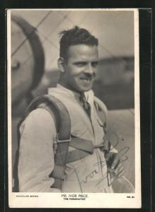 AK Fallschirmspringer Mr. Ivor Price vor einem Flugzeug