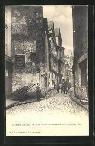 AK Nantes, La Rue Bossuet, anciennement petite rue Notre-Dame, Strassenpartie