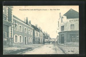 AK Villeneuve-l`Archeveque, Rue Paul-Bert, Strassenpartie