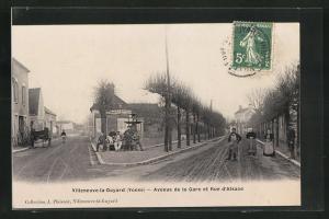 AK Villeneuve-la-Guyard, Avenue de la Gare et Rue d`Alsace