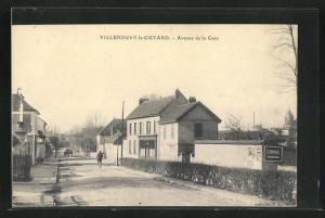AK Villeneuve-la-Guyard, Avenue de la Gare