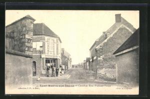AK Saint-Martin-sur-Oreuze, Carrefour Sens-Pont-sur-Yonne