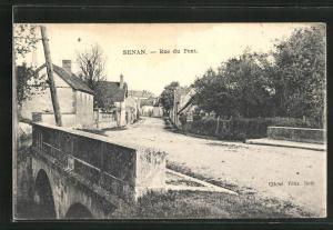 AK Senan, Rue du Pont