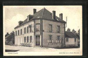 AK Senan, Cafe-Hotel de la Croix Blanche
