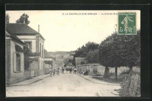 AK La Chapelle-sur-Oreuse, La Grande-Rue