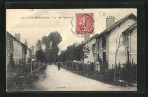 AK Laroche-Migennes, La Cite Japonaise, Häuserzeilen