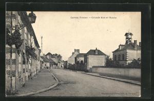AK Lavau, Grande Rue et Mairie