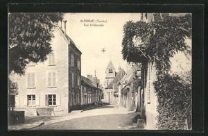 AK Bleneau, Rue Orleanaise et la Eglise